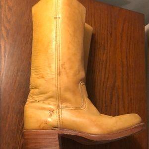 Frye campus banana boots